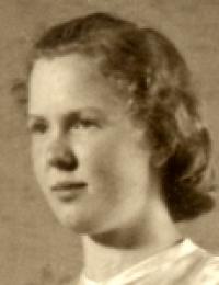 Esther Zierau.jpg
